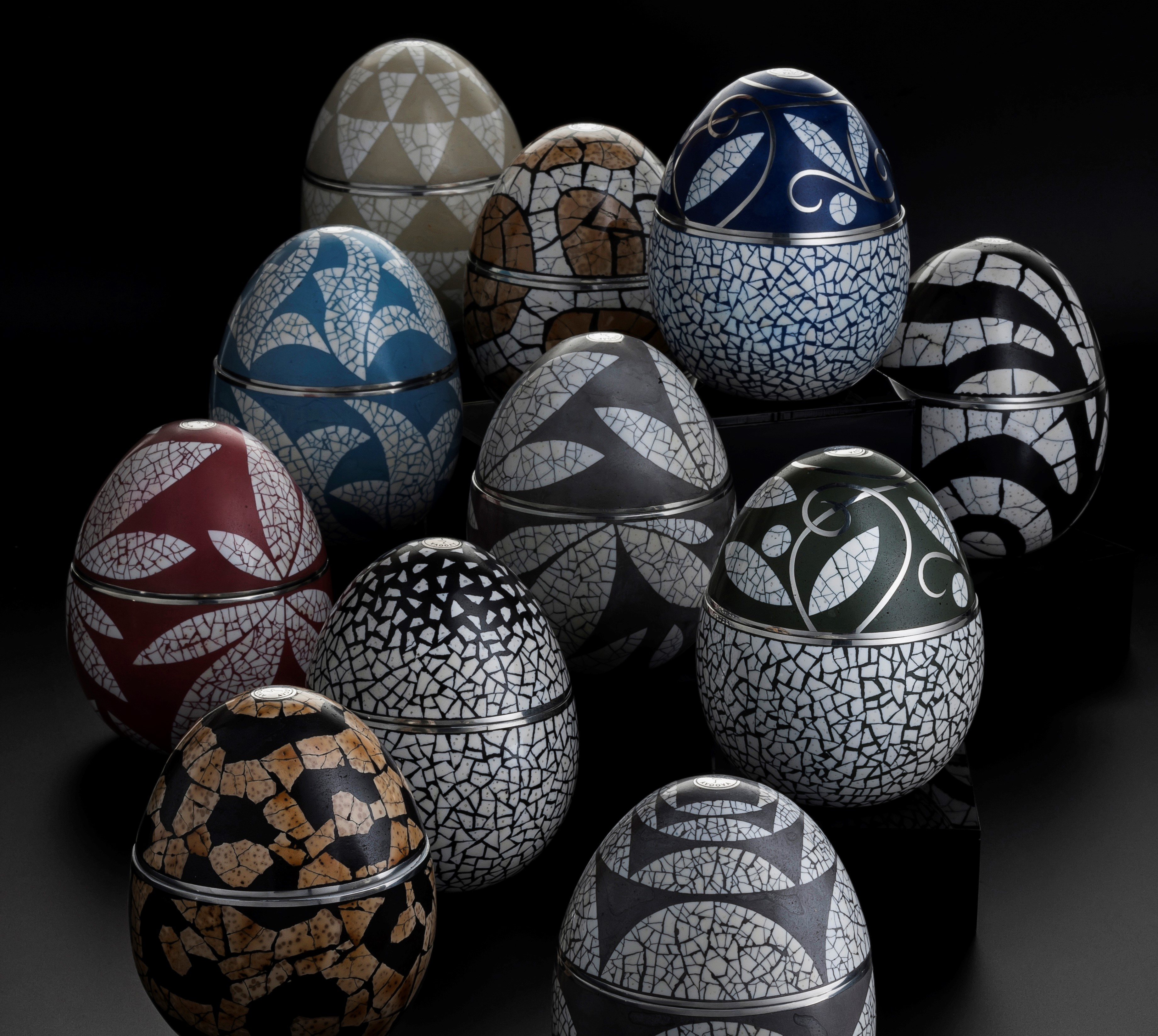 The AVOOVA Egg Collection